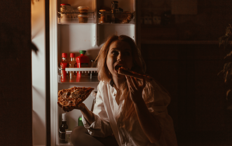 késő_esti_evés